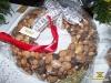 Різдвяний вінок з горіхів