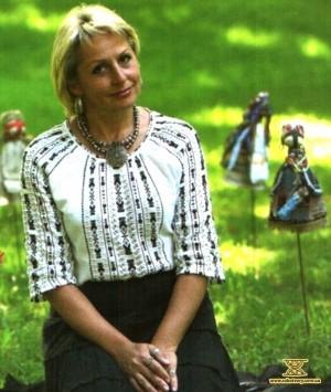 Олена Орєхова, майстриня вузликових ляльок