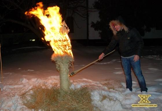 спалення дідуха