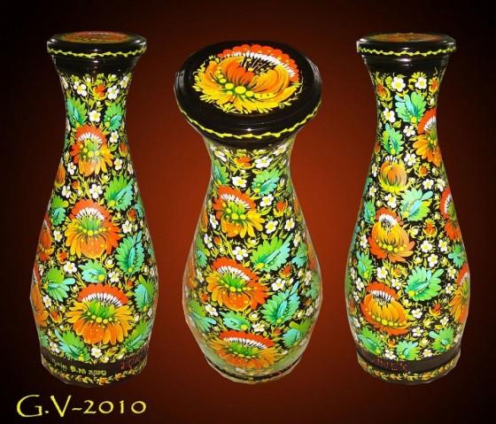 Декоративне пляшка, оформлена петриківським розписом