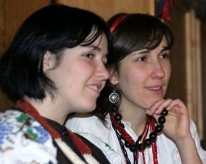 Леся та Юля Анусіни