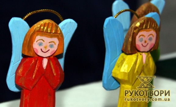 Christmas angels made by folk masters