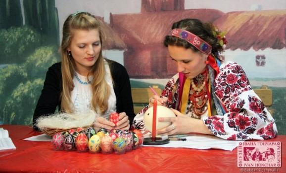 Дитячий фольклорний фестиваль «Орелі» та виставка великодньої атрибутики