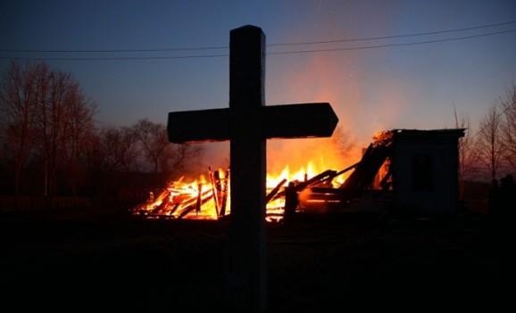 Напередодні Великодня на Полтавщині згоріла 141-річна церква