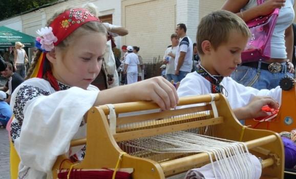 В Музеї Івана Гончара почала діяти дитяча школа мистецтв «Орелі»