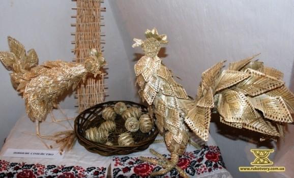 Виставка виробів з соломи Ірини Білай та її вихованців