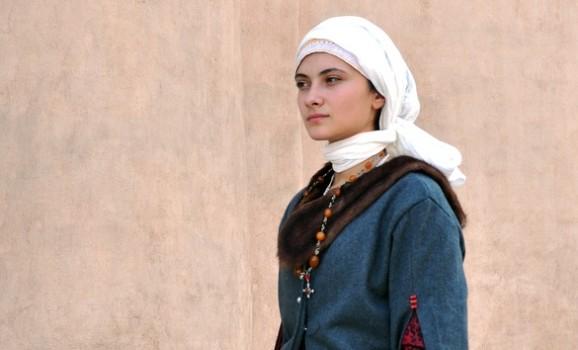 Русинка-шляхтянка кінця ХV століття. Роздуми про костюм і спроба пошиття
