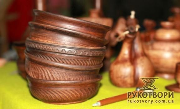 Де киянам придбати вироби народних майстрів?