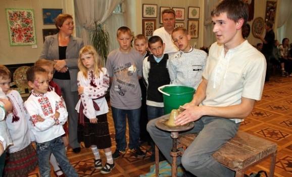 У Вінниці стартував молодіжний фестиваль традиційних ремесел