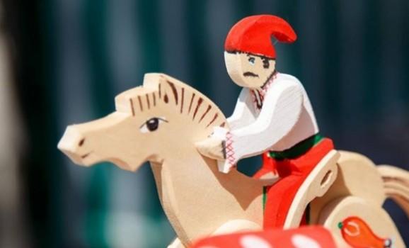 Виставка-ярмарок традиційного народного мистецтва