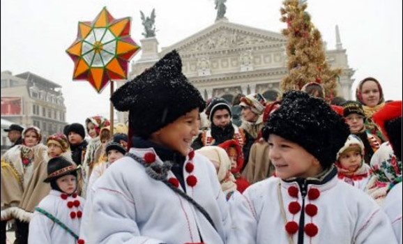 Lviv, Chernivtsy, Uzhgorod are the most attractive cities for the New Year holiday celebration