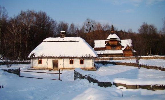 У музеї «Пирогів» до тла згорів унікальний будинок