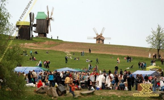 Ярмарок у Пирогові. День перший