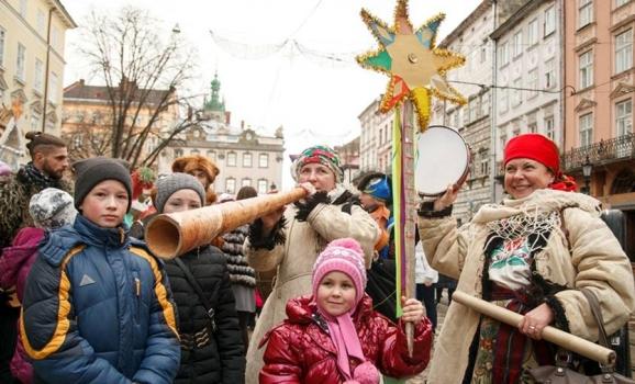 Чехи, литовці і поляки колядують на Міжнародному різдвяному фестивалі у Львові