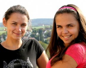 Тетяна та Наталка Катриченко