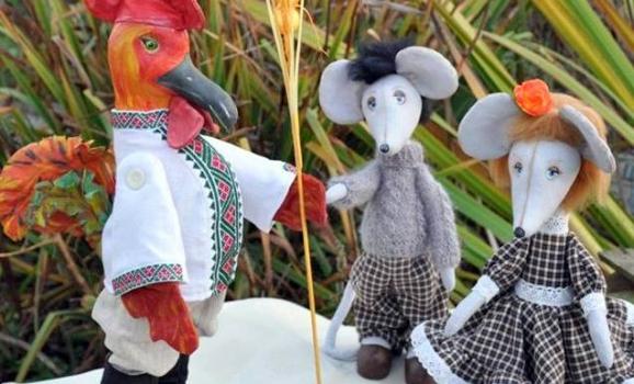 Виставка текстильних іграшок Оксани Тягур