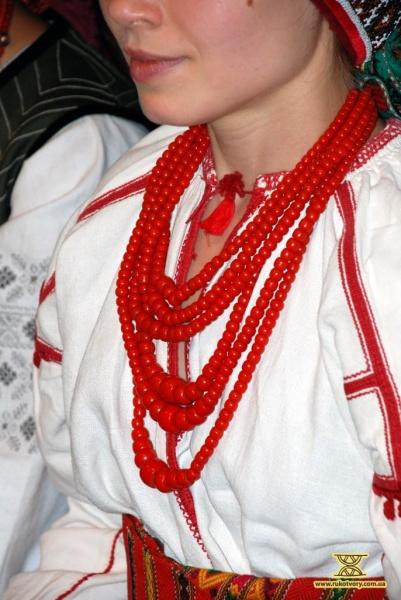 Викидайте обручки – одягайте намітки - Рукотвори 7fa19f1350db4