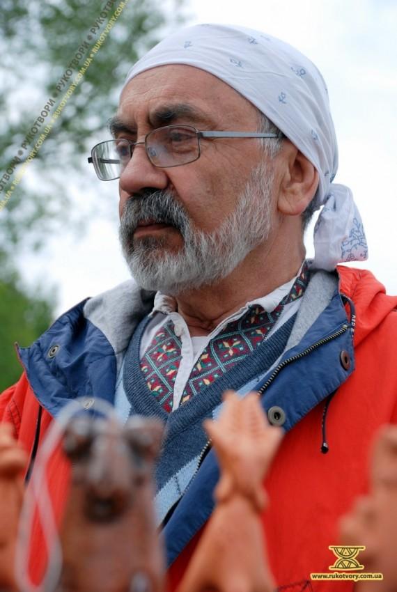 Федір Куркчі, майстер народної іграшки з Донецька