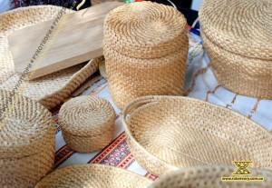 Вироби з кореня сосни