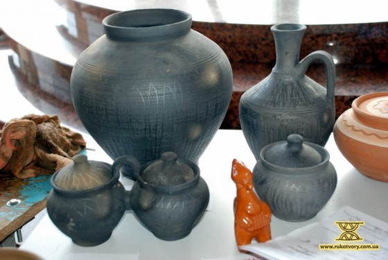 Black-smoked ceramics