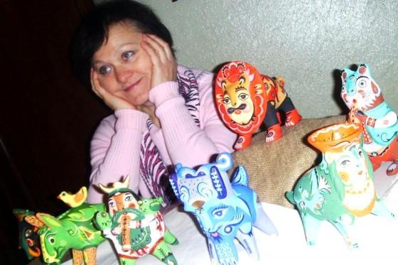 Ольга Отнякіна-Бердник з виробами