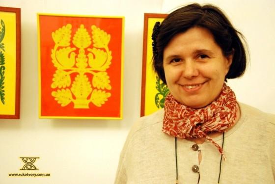 Людмила Проценко, майстриня-витинанкарка та писанкарка