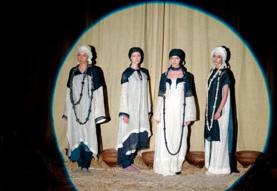 Показ вбрання Зінаїди Ліхачової