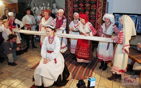Українська автентична мода