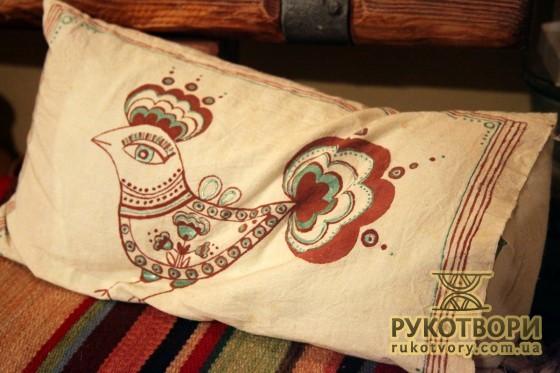 Мальовані подушки Зої Прдеко