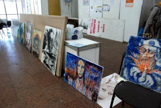 Картини в Українському домі