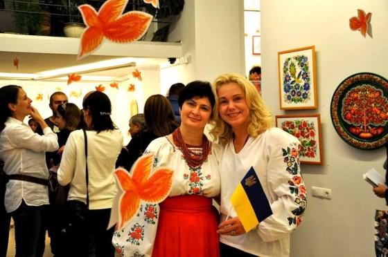Галина Назаренко під час виставкового проекту в Грузії. Фото: з фб-сторінки НІни Бруневич