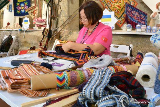 Ліана Лістунова, ткацтво килимів (м.Миколаїв)