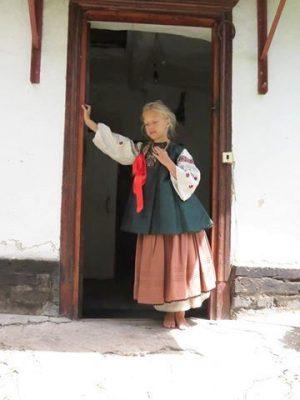 Традиційний одяг для дітей