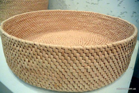 Плетіння з кореня сосни. Р.Корякіна
