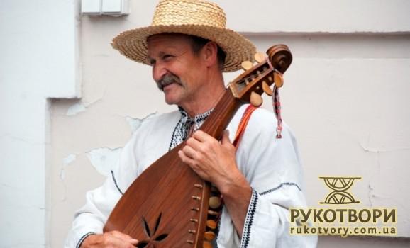Сольний концерт кобзаря Михайла Коваля