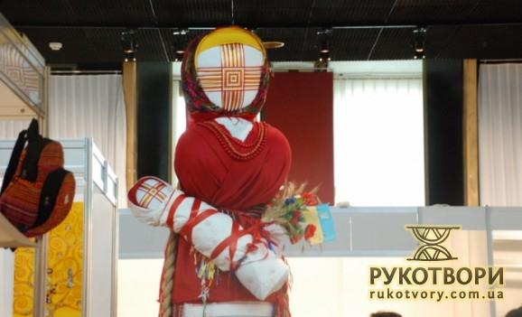 The Ukrainian national motanka-doll travels around the world