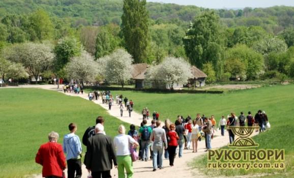 Весняний ярмарок у Пирогові 2011