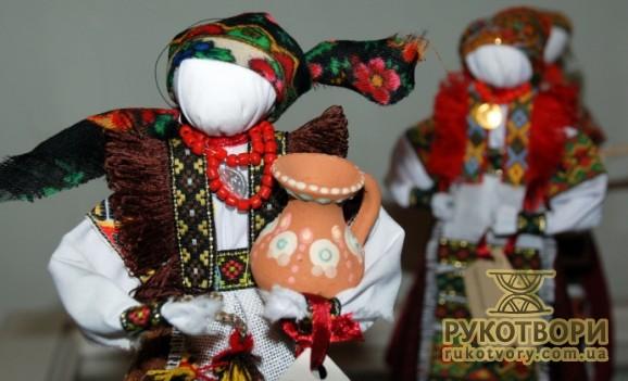 Оксана Смерека-Малик: Мені було Зверху сказано, що маю сидіти і робити ляльки