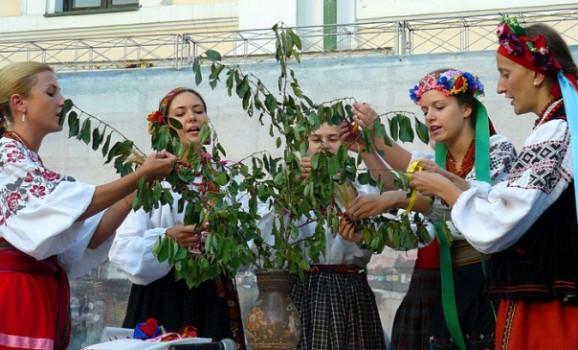 Лекція «Весільні звичаї, обряди та пісенність Північного Полісся»