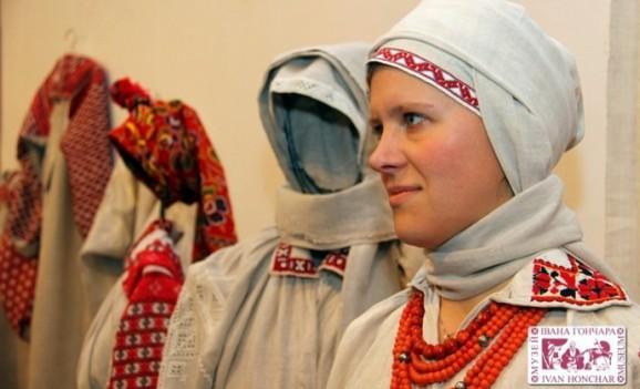 Народне вбрання Західного Полісся (ВІДЕО)