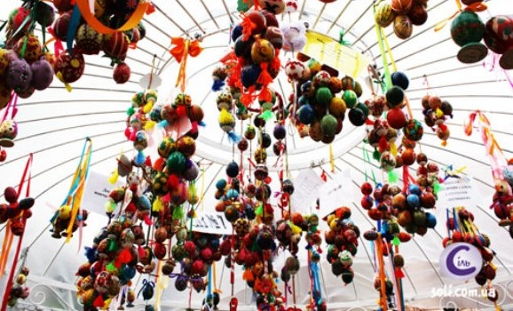 На Великдень кияни побачать писанкові рекорди