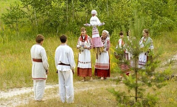 """3 червня свято """"Трійці"""" у Пирогові"""