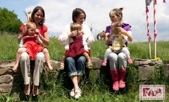 Майстер-класи з українських традиційних забавлянок та колискових