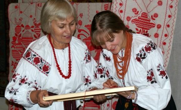 Всеукраїнський конкурс «З бабусиної скрині»