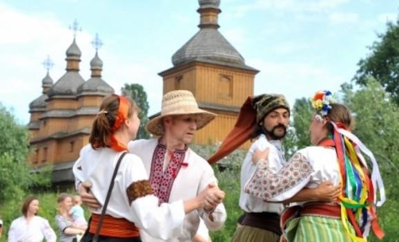 Фестиваль «Бабине літо» та великий осінній «Слобідський ярмарок» у Мамаєвій Слободі