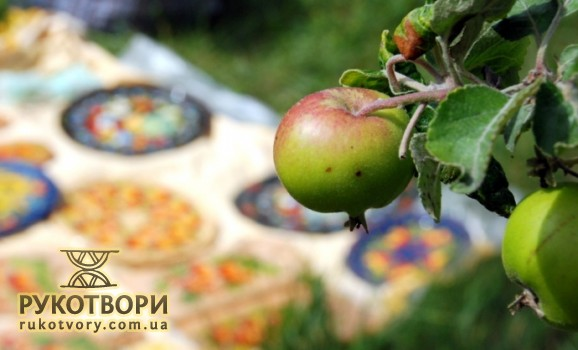 Нацмузей у Пироговi запрошує гостей на «Яблучний спас»