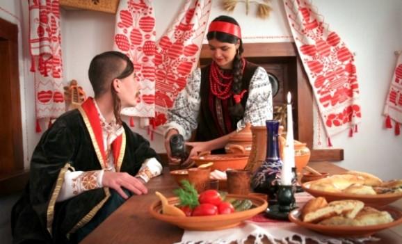 Козацьке селище «Мамаєва Слобода» оголошує фотоконкурс «Козацьке кохання»