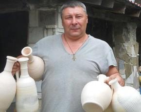 Геннадій Тихонов