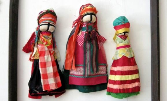 Виставка «Феномен традиційної селянської ляльки» в Музеї Івана Гончара