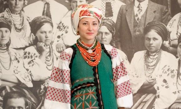 Традиційний жіночий одяг. Північна Київщина (ВИДИВО)